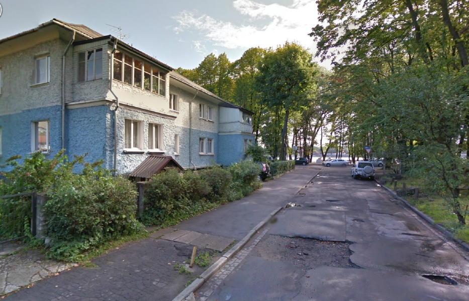 Kaliningrad_hinter_der_Kurve_links