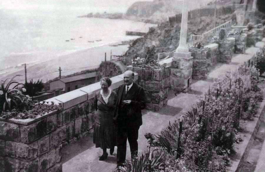 Valparaiso_1930s Karl & Frieda